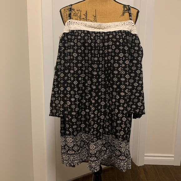 Warehouse Bell-Sleeve Off-Shoulder Peasant Blouse